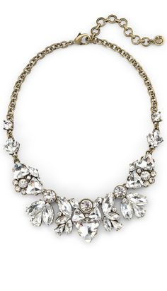 Glitz and glam statement necklace. Perfect way to add a touch of fabulous! #destinationwedding #jewelry