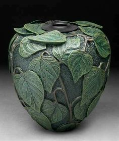 Incredible Carved Wooden Vessels - Dixie Biggs Creates Lathe-Turned, Leaf-Embellished Art (GALLERY)