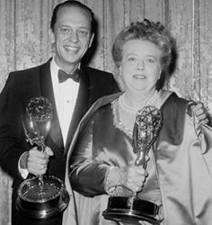 American actors Don Knotts and Frances Bavier smile while holding their awards for their supporting roles in the television series, 'The Andy Griffith Show,' at the Emmy Awards, June Get premium, high resolution news photos at Getty Images Great Tv Shows, Old Tv Shows, Vintage Hollywood, Classic Hollywood, Frances Bavier, Barney Fife, Don Knotts, Star Of The Day, Tv Icon