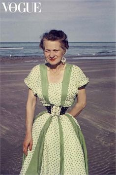 Ethel Granger - Years of wearing corsets helped Ethel achieve her 13 in. waist.