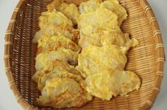 Breaded cod fillets (Daegujeon) Side Dish Recipes, Fish Recipes, Seafood Recipes, Asian Recipes, Snack Recipes, Cooking Recipes, Hawaiian Recipes, Asian Foods, Cooking Ideas