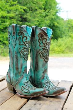A Beautiful Mess Boot by Corral $279.99! #southernfriedchics #corral #turquoise