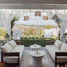 Should we switch our outdoor setup and leave these couches under the pergola here? 🤔 (the outdoor dining table is usually under it) kinda tempting after seeing it this way. California Outfits, California Style, Pink Home Decor, Home Landscaping, Girly Outfits, Mom Style, Outdoor Dining, Pergola, Backyard