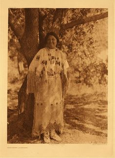 portfolio 19 Cheyenne Costume The woman's deerskin costume, ornarmented wi… Portfolio 19 Cheyenne costume The deerskin women's costume, decorated with … Native American Cherokee, Native American Photos, Native American Tribes, Native American History, Native Americans, Cheyenne Indians, Trail Of Tears, Indian Artifacts, Deer Skin