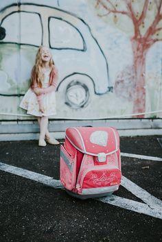 Einschulungsfotos im Abendlicht | mummyandmini.com Fotos: redfairy picture designs Einschulung Mädchen
