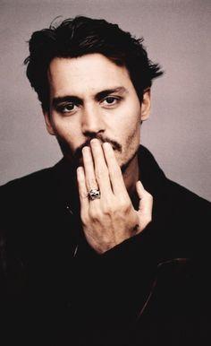 Johnny Depp - Banquo (gambler)