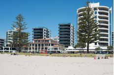 Check out this property Mount Maunganui, Multi Story Building, Real Estate, Park, Check, Summer, Summer Time, Real Estates, Parks