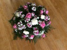 BIedermeier rouwstuk roze/wit
