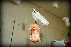 Décoration Noël bonnet en laine,réalisé par les résidents accompagné du personnel soignant,résidence étoile du matin EHPAD