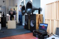 Visaton TL16H with BMS 4590 compression driver From Los Ginos, on The Horn loudspeaker forum @ Facebook