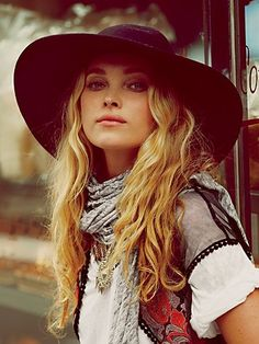 Seriously going to rock a wool hat this fall... www.lovekrystle.com