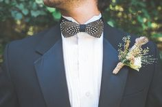 feather bow tie - photo by Jenna Marie Weddings