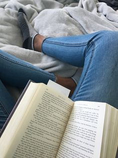 Book Aesthetic, Aesthetic Pictures, Instagram Story Ideas, Book Instagram, Best Photo Poses, Insta Photo Ideas, Book Study, Coffee And Books, Book Photography