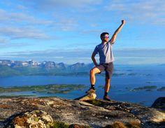 Come fly with me, MUCHOLAND     Miejsce: Sørskottinden, Nordskot    Szlak turystyczny: pieszy    Stopień trudności: średni    Wysokość:608 m n.p.m.    Długość szlaku: 3,5 km    Czas: 2,5 godziny Come Fly With Me, Trekking, Hiking, Mountains, Nature, Travel, Walks, Naturaleza, Viajes