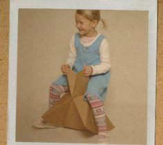 foldschool - cardboard furniture instructions for FREE Cardboard Chair, Diy Cardboard Furniture, Cardboard Paper, Cardboard Crafts, Kids Furniture, Paper Crafts, Cardboard Playhouse, Furniture Design, Origami Furniture