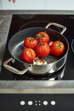 Master Chef, Cookware, Strawberry, Fruit, Food, Diy Kitchen Appliances, Kitchen Gadgets, Essen, Strawberry Fruit