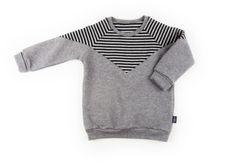Monkind Star Sweatshirt. (Free P&P over £30.)