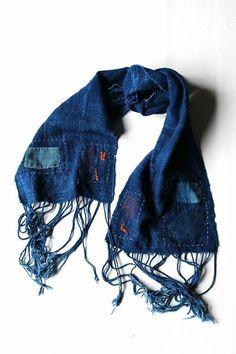 African vintage indigo scarf with Japanese boro/Africa/hand woven/natural indigodye/sashiko/needlework/patchwork/103