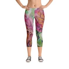 Super soft and comfortable capri leggings. Yoga Capris, Spandex Material, Capri Leggings, Hand Sewn, Stretches, Grains, Pajama Pants, Smooth, Printing