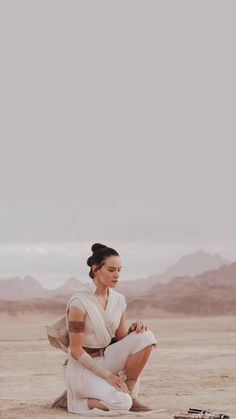 Star Wars Logos, Star Wars Poster, Rey Star Wars, Star Wars Cast, Star Trek, Daisy Ridley Star Wars, Rey Daisy Ridley, Beatles, Rey Cosplay