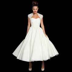 "So cute to change into for reception!! Very ""Grease"" inspired!!  Add a colorful corsage at the waist and matching flats and you're ready to dance the night away!!  Don't forget your dance card! tea length vintage wedding dress - 1950s"