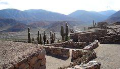Pucará de Tilcara, en las afueras de Tilcara, provincia de Jujuy Argentina, una fortaleza construida por el pueblo originario de los tilcaras. Es Monu...