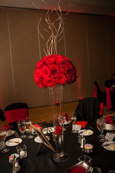#elegant #red roses centerpiece
