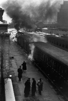 Mario De Biasi : Fotógrafo famoso del día