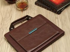 Mobiletto iPad Leather Bag