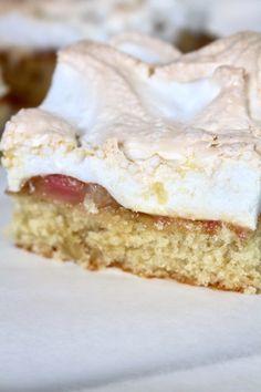 Saftig rabarberkaka med maräng – Niiinis Kitchenlife