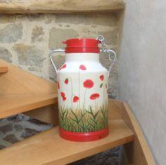RÉSERVÉ- Bidon à lait ancien peint coquelicots rouges                                                                                                                                                                                 Plus