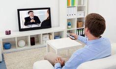 Apesar de as fabricantes de TVs não pararem de inovar, é normal ter dúvidas sobre qual a melhor tela para seu cômodo, entre as tradicionais LCD, LED e Plasma. Mas aqui a gente explica tudo, assim você encontra a opção ideal para seu perfil de uso, seu ambiente e, o melhor, o seu bolso!  http://www.blogpc.net.br/2016/12/As-diferencas-entre-TV-LED-LCD-e-Plasma.html #TVs