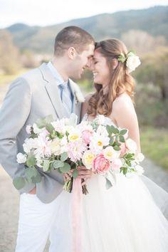 Sweet Bride and Groom | Flowers by Gavita Flora | Photo by http://www.rahelmenigphotography.com/ #Spring #wedding #flowers #bouquet