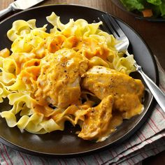 Crock pot Creamy Chicken Thighs & Noodles Recipe -I love recipes that you can just throw into the slow cooker and let it do all the work. This easy chicken dinner is one of my favorites. Crock Pot Slow Cooker, Slow Cooker Recipes, Crockpot Recipes, Cooking Recipes, Crockpot Dishes, Slow Cooking, Noodle Recipes, Pasta Recipes, Recipes Dinner