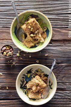 Middle Eastern Tahini, Date, and Cardamom Bulgur Wheat Breakfast Bake #recipe #breakfast #brunch