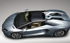 Lamborghini Aventador LP700-4 Roadster new - http://autotras.com