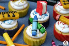 School Supplies Cupcakes Back To School via HoosierHomemade.com Candy Clay Recipe, School Cupcakes, School Supplies Cake, After School Snacks, School Lunches, School Treats, Cupcake Tutorial, School Birthday, Birthday Cake