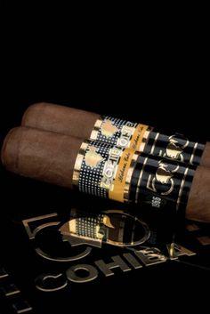 Good Cigars, Cigars And Whiskey, Cohiba Cigars, Romeo Y Julieta, Cigar Art, Cigar Smoking, Smoking Pipes, Cigar Accessories, Cigar Humidor