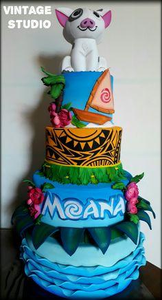 Moana Party, Moana Theme, Moana Birthday Party, Girl Birthday Themes, Lego Birthday, 4th Birthday Parties, Hawaiian Birthday Cakes, Festa Moana Baby, Flamingo Party