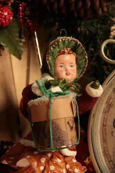 """Купить атная игрушка """" Девочка с шляпной коробкой"""" - ватная елочная игрушка, СССР, бежевый"""