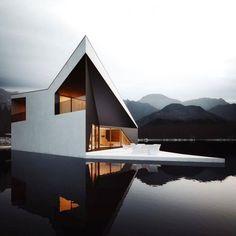 House | White | Lake | Design | Architecture