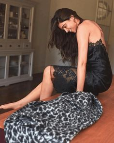 Deepika Padukone Blows Us Away With Her Sheer Beauty As She Becomes Cover Girl For August Issue Of Vogue - HungryBoo Indian Bollywood Actress, Bollywood Girls, Beautiful Bollywood Actress, Bollywood Stars, Beautiful Indian Actress, Bollywood Fashion, Indian Actresses, Bollywood Wedding, Bollywood Celebrities