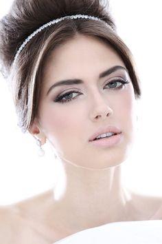 Beleza marcante | Constance Zahn - Blog de casamento para noivas antenadas.