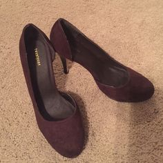 Forever 21 chocolate suede pumps Forever 21 chocolate suede pumps size 10 Forever 21 Shoes Heels