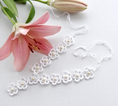 Crochet Necklace and Earrings Set - White Daisies