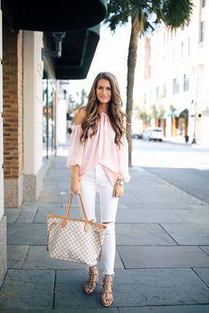 Women'S spring summer fashion criss cross off shoulder pink blouse shirt+ white slim pants Women's Summer Fashion, Look Fashion, Girl Fashion, Fashion Outfits, Womens Fashion, Fashion Fall, Preppy Outfits, Spring Outfits, Cute Outfits