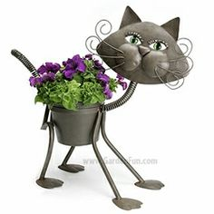 Glamour Cat Planter only $36.99 at Garden Fun - Gifts for Gardeners