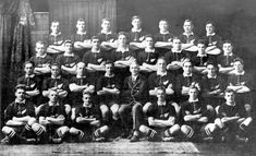 The 1924 All Blacks rugby team which became known as 'The Invincibles' Rugby Union Teams, All Blacks Rugby Team, History Online, Today In History, Richie Mccaw, New Zealand Rugby, Great Team, Old School, The Past