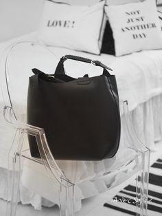 I. Need. This. Zara Bag. NOW.