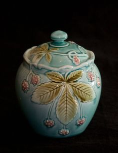 Antique-French-Majolica-Tobacco-Jar-Gustave-de-Bruyn-Fives-Lille